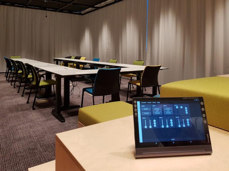 Univerzita interierove osvetlenie smart instalacia KNX
